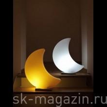 Светильник в форме луны